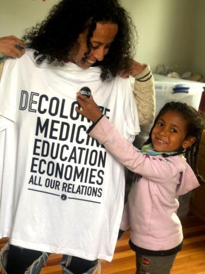 Decolonize Herbal Medicine., Education, and Economies 100% Cotton T-Shirt